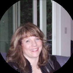 Kelly Naronzy Director Ridgefield Chamber of Commerce